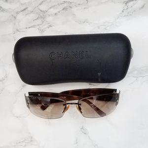 Authentic Chanel sunglasses 4117-B